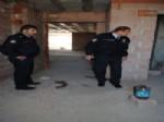Polis Tinerci ve Alkoliklerin Yaşadığı Metruk Binaları Sıkı Denetime Aldı