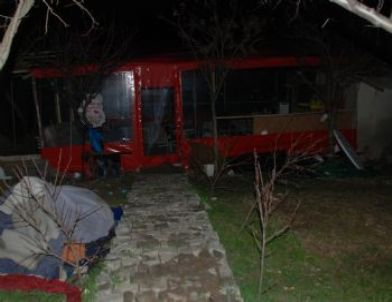Çay Bahçesi İşleten Kadın Demir Çubukla Öldürüldü