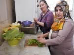 KABAK DOLMASı - Ahlatlı Kadın Girişimcilerin Başarısı Tescillendi