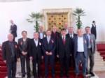 AK Parti'li Vekilden Belediyelere Uyarı