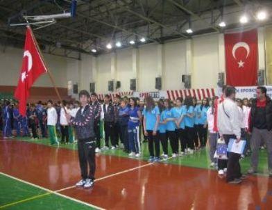 Okul Sporları Hentbol Yarı Final Müsabakaları, Nevşehir'de Başladı