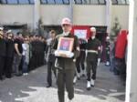 AHMET OZAN ŞARLAK - Şehidin Cenazesi Yakınları Tarafından Alındı