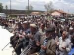 Yenifakılı'da Çiftçiler Yağmur Duasına Çıktı
