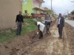 MEHMET TANRıKULU - Çalapverdi Belediyesi  Yol ve Kaldırım Çalışmalarına Başladı