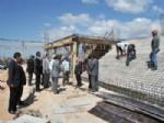 Vali Çakacak Karahallı'da Spor Salonu İnşaatını İnceledi