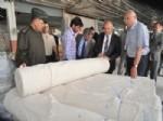 Vali Özdemir Çakacak Karahallı OSB'deki Dokuma Atölyelerini İnceledi