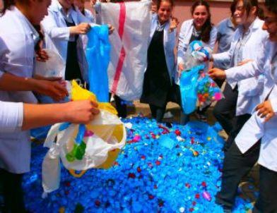 Mavi kapak toplama kanyası