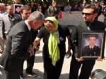 AHMET OZAN - Şehit Annesine 'Yılın Annesi Onur Ödülü'