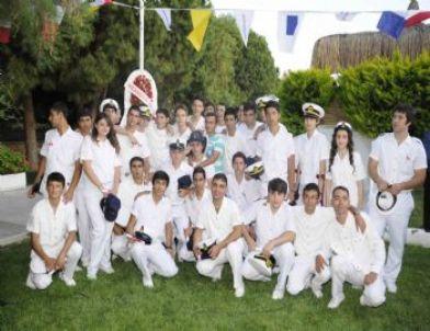 Kuşadası anadolu denizcilik meslek lisesi ilk mezunlarını verdi