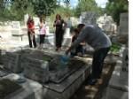 MUSTAFA GÜR - Mezarlıklara Bayram Ziyareti