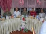SÜLEYMAN YıLMAZ - Tatvan'daki Protokol Üyeleri Esnafla İftar Yemeğinde Bir Araya Geldi