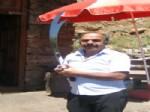 Ahmet Davutoğlu'na Kılıç Yaptı