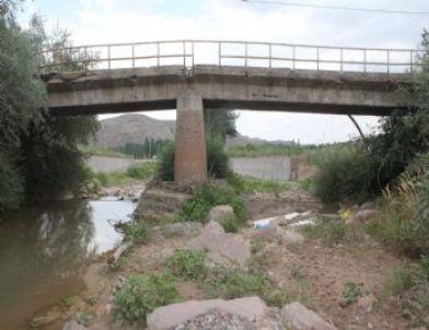 Çankırı daki fidanlık köprüsü ölüme açık davetiye