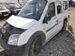 Afyonkarahisar'da Trafik Kazası: 1 Ölü, 2 Yaralı