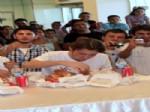 SOSISLI SANDVIÇ - Sosisli Sandviç Yeme Yarışması