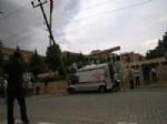 Hasta Taşıyan Ambulans Otomobil İle Çarpıştı, 7 Kişi Yaralandı