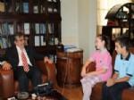 HAKKı UZUN - Koç İlköğretim Okulu Öğrencilerinden Belediyeye Ziyaret