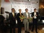 ALI KAVAK - Narenciye Tanıtın Grubu, Moskova'daki Fuarda En Güzel Stant Ödülü Aldı