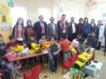 YıLMAZ KıLıÇ - İstanbul'dan Kardeş Okula Hediyeler