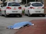 Adana'da Çiftçi Cinneti; 3 Ölü