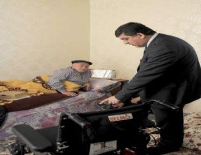 Başkan Fadıoğlu'ndan Engelli Vatandaşa Akülü Sandalye