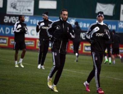 Beşiktaş'ta Almeida, Takımla Birlikte Çalıştı