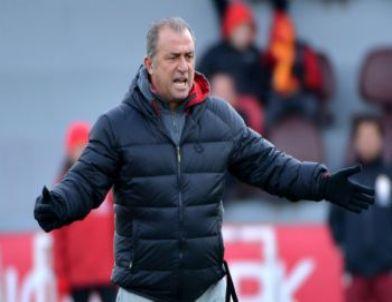 Lider Galatasaray, Bursaspor İle Oynayacağı Maçın Hazırlıklarını Sürdürdü
