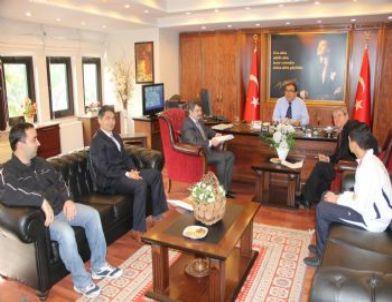 Türkiye Şampiyonu'ndan Başkan Alıcık ve Kaymakam Okur'a Ziyaret