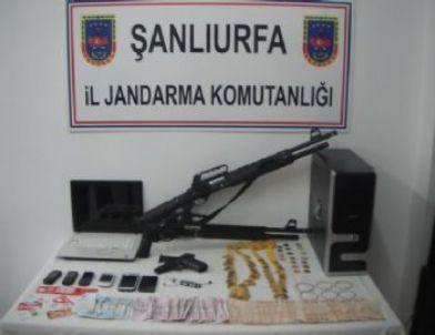 Akçakale'de Dolandırıcılara Operasyon: 3 Gözaltı
