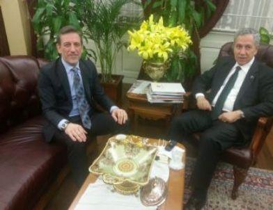 Başbakan Yardımcısı Arınç'tan Utib'e Övgü