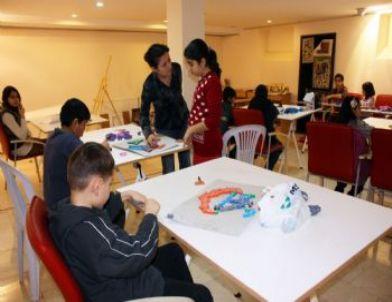 Erzincan Üniversitesi Minik Sanatçılar Yetiştiriyor