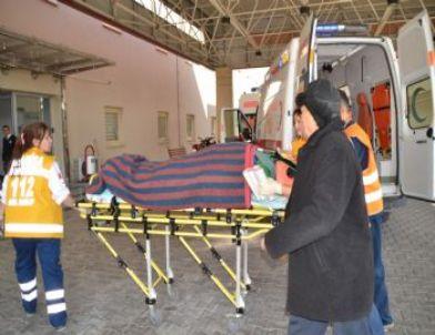Evinin Çatısından Düşen Yaşlı Kadın Yaralandı