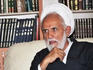 İranlı Din Adamı Şirazi, Şirazenin Ayarını Fena Kaçırdı