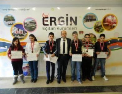 Özel Ergin Koleji Uluslar Arası Matematik Yarışması (amc-8)'nda  6 Madalya Aldı