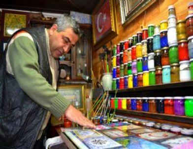 (özel Haber) Ebru Sevgisi Bodrum Katını Sanat Atölyesi'ne Dönüştürdü