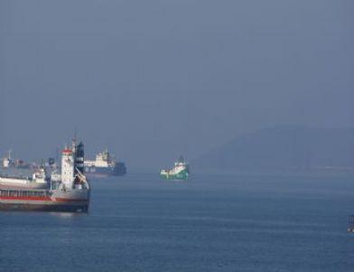 Petrol ve Doğalgaz Arama Gemisi Tuzla Açıklarında