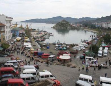 Tirebolu'da Balıkçı Barınaklarının Bir Bölümünün Limana Çevrilmesi Gündemde