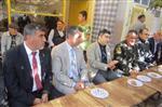 Kaymakam Gümüşçüoğlu Vatandaşlarla Bayramlaştı