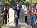 SOKULLU MEHMED PAŞA - Ali Yalman, Büyükannesi, Sokullu Mehmed Paşa'nın Torunu Hatice Hanım'ı Budapeşte'deki Mezarında Ziyaret Etti