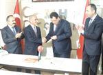 Ak Partili Belediye Başkanı Mhp'ye Geçti