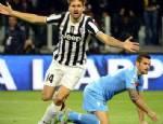 REINA - Juventus Napoli'ye acımadı!