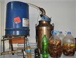 (özel Haber) Rakı Damıtma Makinesinde İçki Üretip, Kaçak Olarak Satmışlar