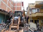 Yalova'da Riskli Binalar Yıkılıyor