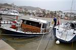 KAÇAK YOLCU - Limanda Bağlı Bulunan Kaçakcı Teknesi Battı