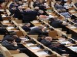 VLADİMİR JİRİNOVSKİ - Rusya Parlamentosu Kamusal Alanda Sigara Yasağını Onayladı