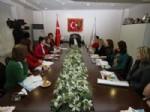 GÜLER ASLAN - Kadın ve Siyaset Çalışma Grubu, Başkan Tartan'ı Ziyaret Etti