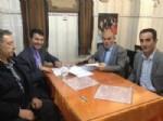 VEDAT OYMAK - Niğde Belediye-İş Yozgat'ta Sözleşme İmzaladı