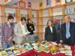 Lise Öğrencileri Kitaplarla Buluşturuldu