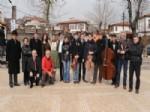 HAVARI - Macar Müzisyenler, Hamamönü'nü Şenlendirdi