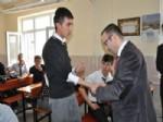 Bozok Üniversitesi Tıp Fakültesi Hastanesi  Doktorları Çekerek İlçesindeki Okullarda Sağlık Taraması Yaptı